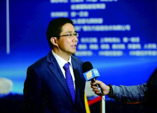 华东理工大学商学院院长阎海峰教授接受专访