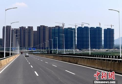 澳门金沙网上娱乐网站:上半年中国境内地产相关并购交易总金额同比增近八成