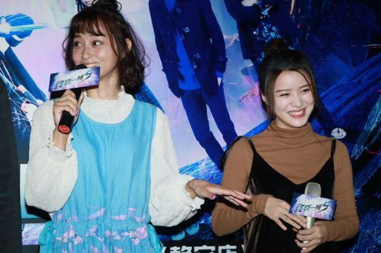 文雨非(左)说自己饰演的角色在剧中有多场哭戏。/官方供图
