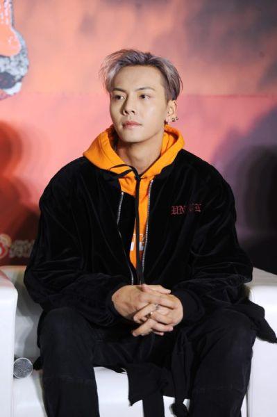 图为《热血街舞团》召集人陈伟霆。/官方供图