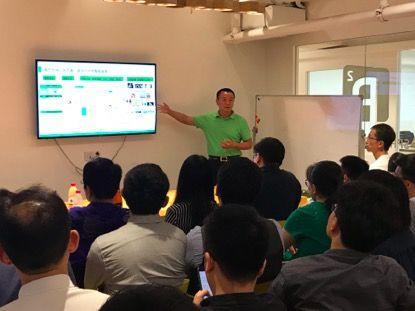 LifeWatch创始人朱继平在活动上分享