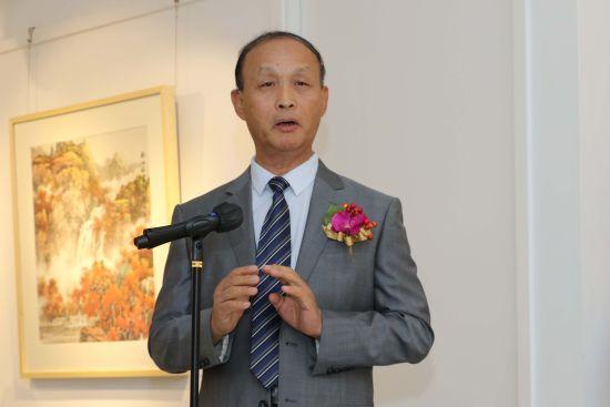 中国人民大学教授、上海海上书画院顾问任德山
