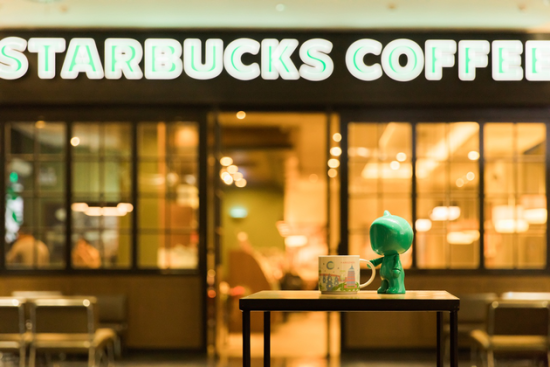 和阿里巴巴全面合作后,星巴克在咖啡行业的地位将得到进一步的巩固。