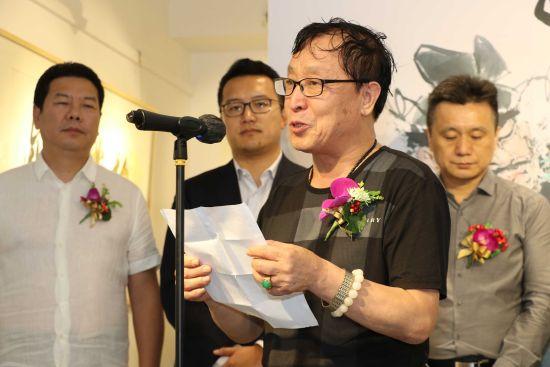 艺术家代表李溪境发言