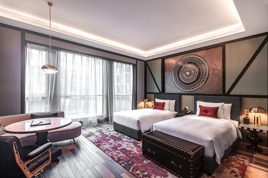 独具老上海复古风格的客房。