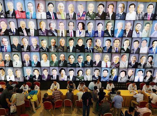 上海科学会堂专家义诊场景