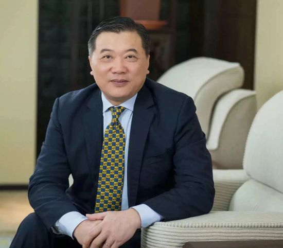兴业银行行长陶以平接受媒体专访。