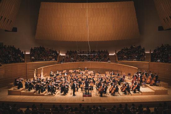 3月9日晚,上海交响乐团与北德广播易北爱乐乐团第四次联合音乐会如期上演。 /上海交响乐团 供图