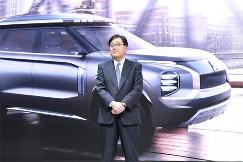 三菱汽车会长兼CEO益子修