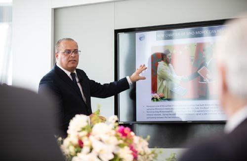 摩洛哥外贸银行上海分行总经理Said ADREN介绍中非经贸合作形势