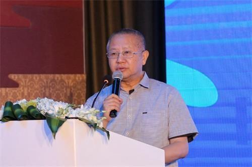 中国肉类协会副会长高观致辞