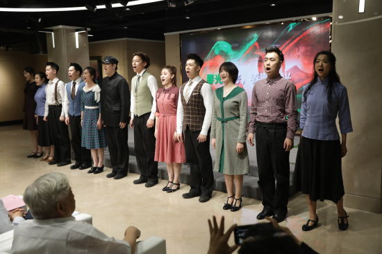 上海音乐学院原创音乐剧《春上海1949》建组启动仪式。 /官方供图