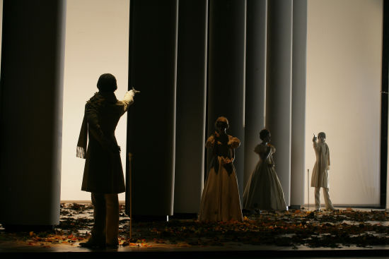 《叶甫盖尼·奥涅金》。 /Stanislavsky Music Theatre 供图