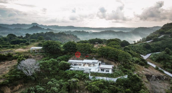 图为Private Sanctuary公司在印尼龙目岛在建的别墅项目Mandalika View,每套别墅约70万元人民币。