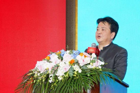 上海宋庆龄基金会代秘书长贾勇致辞.
