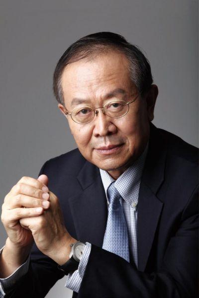 瑞尔集团创始人兼总裁邹其芳
