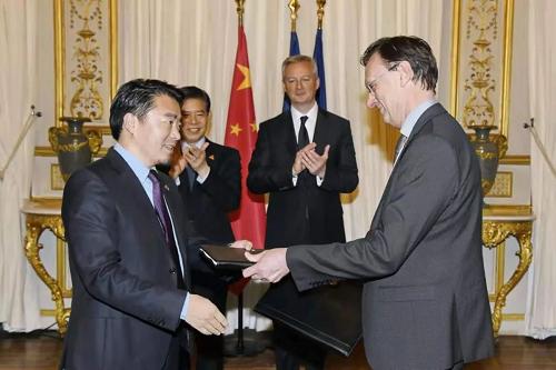 阳光海天和法国Indigo在巴黎签订合作协议