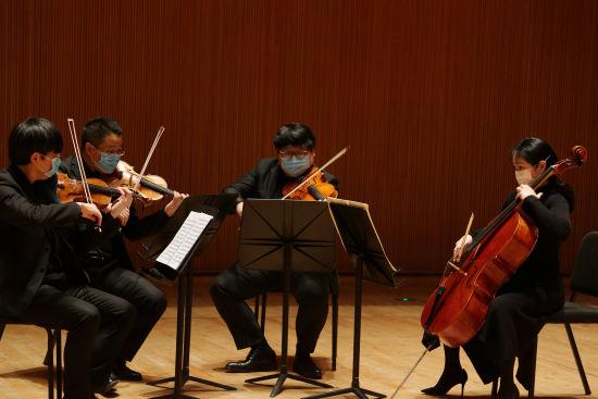"""上海交响乐团推出""""在线场""""系列音乐会直播。 /官方供图"""