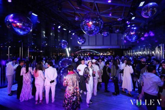 图:跟着DJ在After Party释放灵感与活力。