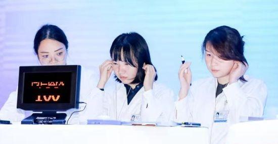 """中青年臨床醫生比拼基本功""""聽聲識病"""" 傳遞醫學溫度"""