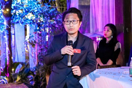 图:JERDE副总裁、设计主创李昊致辞并介绍中国设计团队