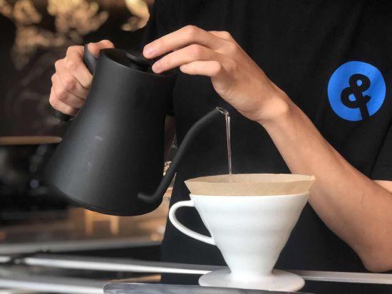 百胜中国旗下手冲精品咖啡COFFii & JOY进军咖啡零售业
