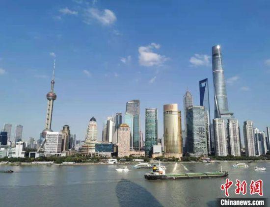"""蓝皮书:科创中心建设将成为上海服务""""一带一路""""建设的新动力源"""
