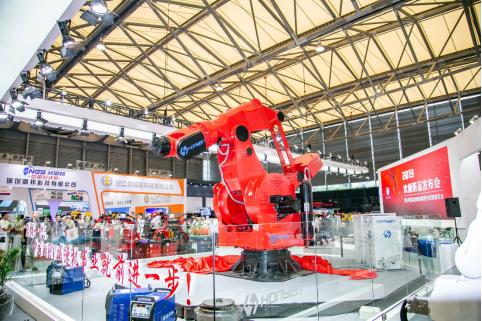 全球負載最大噸位搬運機器人在上海亮相