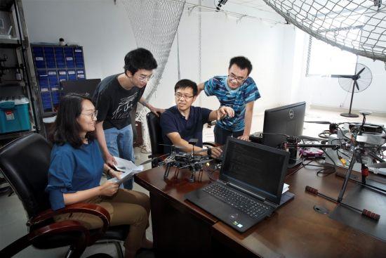 梦幻西游赚钱聚焦人工智能研究热点 华理唐漾团队专注群体智