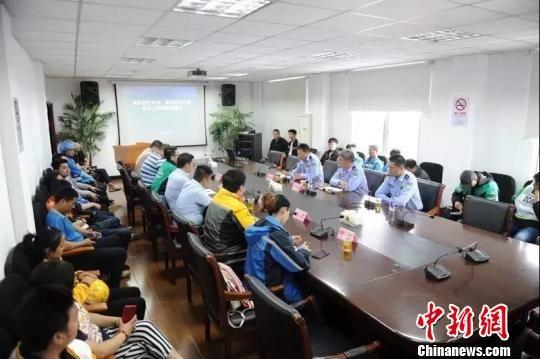 上海浦东试点外卖快递骑手积分管理初见成效