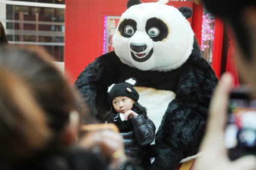 港汇恒隆携手功夫熊猫嗨翻金猴新年