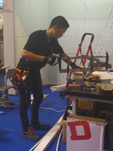 时时彩网投app下载:上海市总工会建议加快行业协会建设_助力产业工人队伍建设