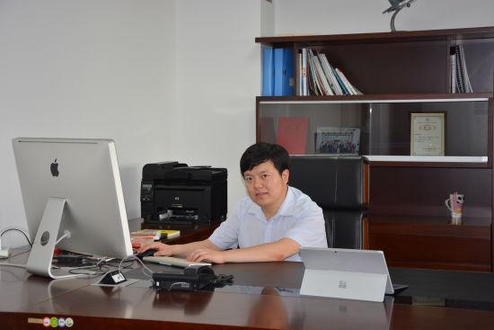 线上赌博导航网站:首届中国(哈尔滨)航空航天3D打印材料及应用制备技术博览会嘉宾代汝军