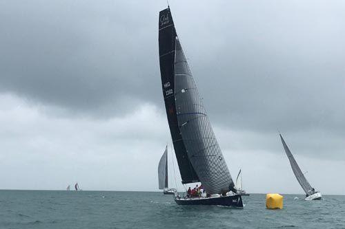 北京快乐8中和稳赚技巧:上海诺莱仕帆船队旗下TP52赛船Ark323首次进军泰国国际海湾之冠帆船赛