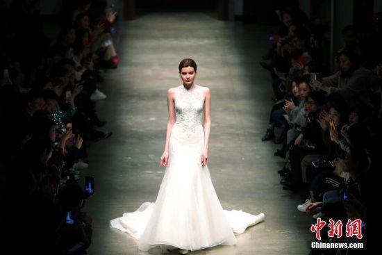 顶级婚纱品牌在上海发布2018新款