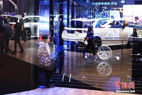 上海车展最后一日 市民观展热情不减
