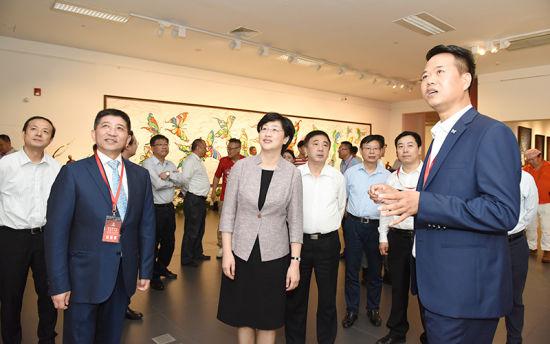 澳门mg电子游艺:上海自由职业艺术家主题艺术展开幕