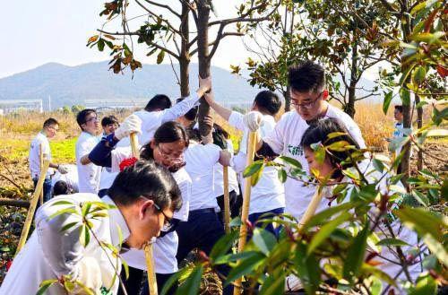 """北京赛车技巧大全:金诚集团""""大树计划""""实施两年,为城市添绿、共建生态家园"""